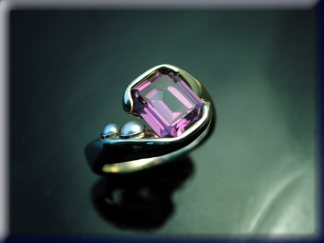 14k 22k alexandrite ring with pearls